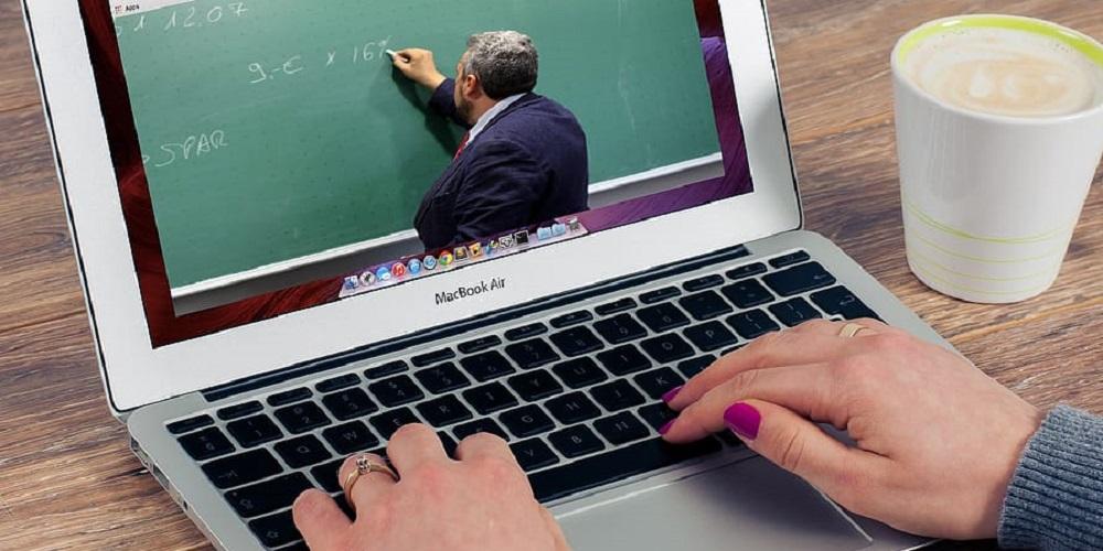 Blended onderwijs, maar in welke verhouding?