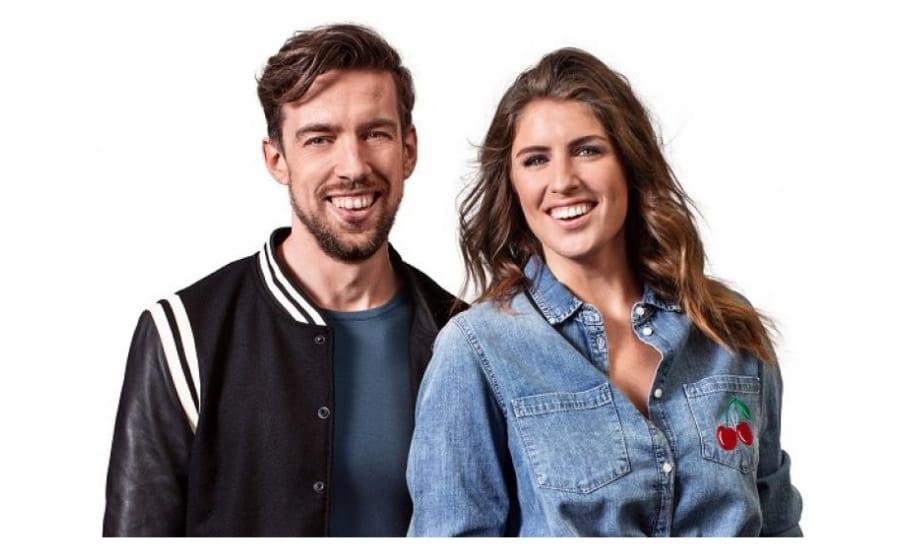 Mattie Valk en Marieke Elsinga presenteren Dutch Marketing Awards