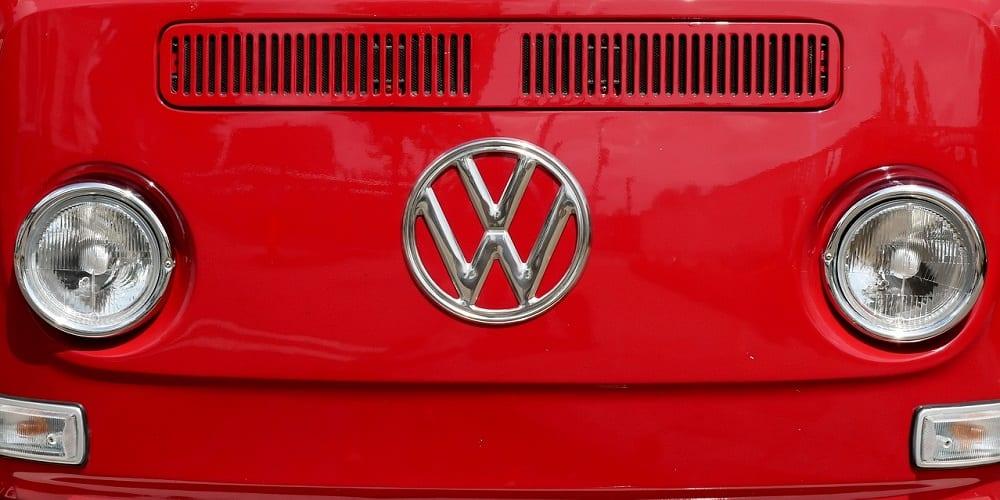 Roel Stavorinus SMP over de (on)zin van logo's én over die nieuwe van Volkswagen – Podcast