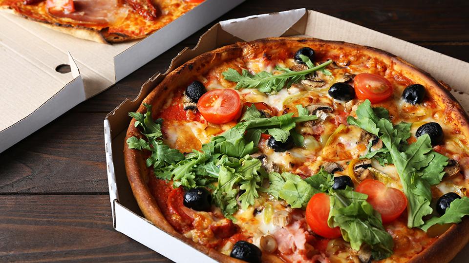 Ouderen bestellen liever direct bij restaurant, jongeren via platform